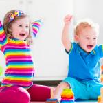 παιδί και παιχνίδι σχολείο